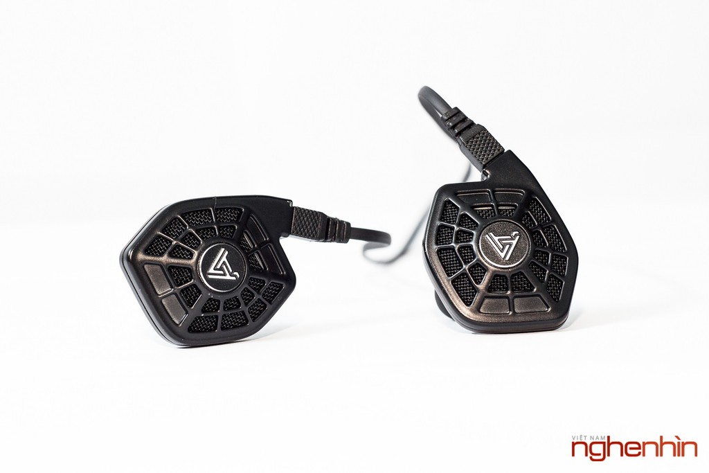 Mở hộp cặp tai nghe từ phẳng in-ear Audeze iSine 10 ảnh 7